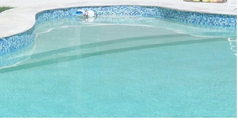 Construction de piscines sur la cote bleue piscines cote for Construction piscine 40